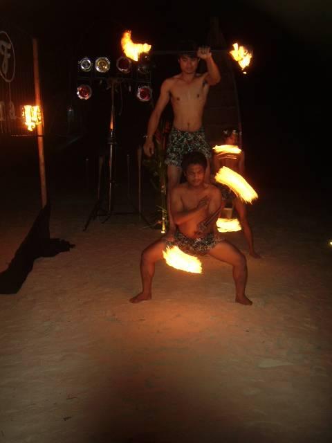 Шоу с факелами