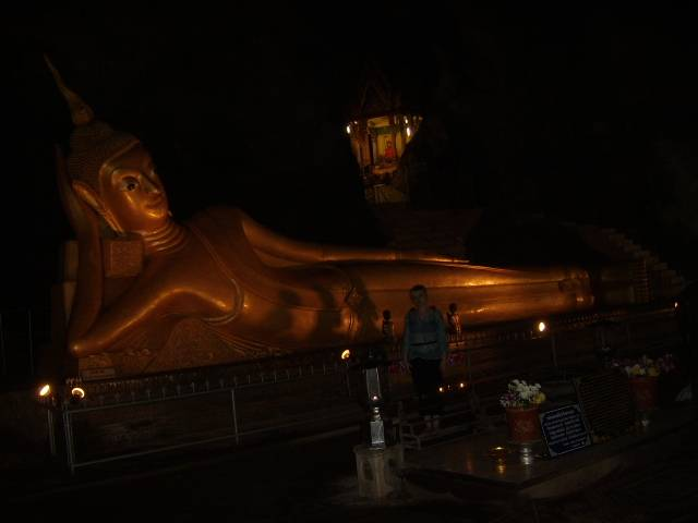 15-ти метровый Будда